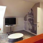 Suite 507