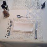 La Fringale: nappe et serviette blanches en tissu.....!