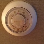 Thermostat set at 18 stayed at 24 or higher