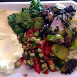 Platter with hummus, garlic aoli and grilled veggies