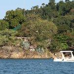 Vista Lodge dal mare