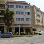 Restaurante Sand y arriba el Hotel La Sort