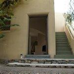 Porta do quarto e escada de acesso ao solarium