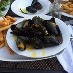 Mussels with French Fries