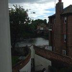 Junior Suite - Cheeky sideways river view!