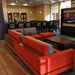 Modern & cheerful lobby