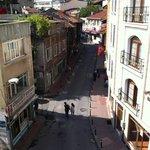 Вид с балкона номера на старый город. Очень колоритно