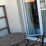 Der kleine Balkon des Zimmers Nr. 411
