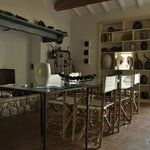 sala colazioni e show room di opere e oggetti d'arte