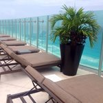 Sky bar sun loungers