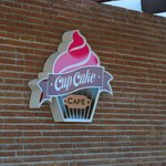 Cup Cake Cafe.