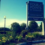 Four Points Eastham entrance