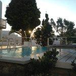 2ème piscine en face de la chambre