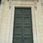 Pantheon the enormous doors