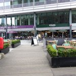 St. Katharine Docks - alfresco dining