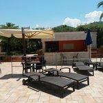 Bar piscina e zona ristorante