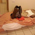 mia moglie incinta sedendosi sul letto si e trovata di colpo a terra per mancanza di tutte le do