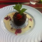 Fondant au chocolat valhrona et crème anglaise maison trop bonne !