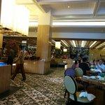 Restaurant tentrem hotel... Bfast....