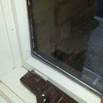 Loose window pane both windows.