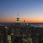 Vista su Manhattan al crepuscolo