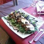 Salade nicoise.... bon appétit