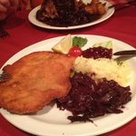 Turkey schnitzel with potatoes & warm red cabbage