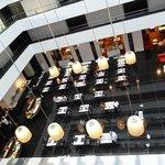 レストラン1階