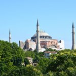 """Blick von der Terrasse des Restaurants """"Olive"""" auf die Hagia Sophia"""