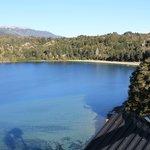 Vista al Lago Correntoso desde la pileta