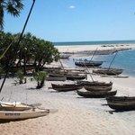 plage de l'hotel et village de pêcheurs
