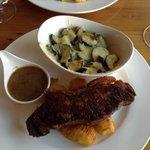 Steak and zucchini