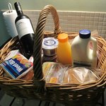 Breakfast basket