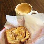 Hazelnut latte & cinnamon toast