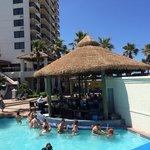 Pool swim up bar