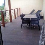 terrasse avec bain soleil
