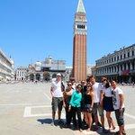 Plaza en venecia, al fondo la basilica , junio 2014*