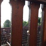 Der gesamte Turmbalkon war voller Spinnweben