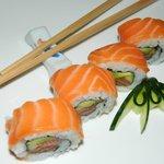Ura Maki- Salmon