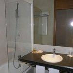 Badezimmer, Zimmer 1003