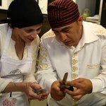 Chef Mustafa showing me how to cut the vegetables