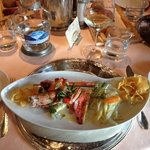al ristorante, uno spledido e ottimo piatto a base di pesce