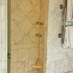Bathroom / Shower Stall
