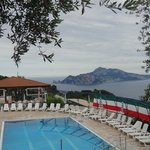 Capri e la piscina