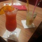 Cocktails in der Baracuda Bar