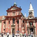 聖イジ―教会の外観