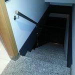 Escaleras al garaje