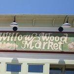 Willow Wood Entrance Sign