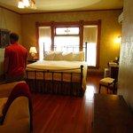 La Fuegy Room