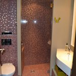 Bathroom - great finishing